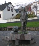Statue8195